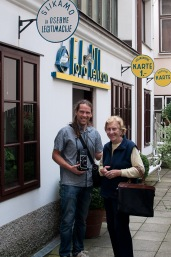 Borut Peterlin and Božena Pelikan in front of Studio Pelikan