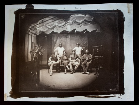 Salt print of a group photo in Studio Pelikan